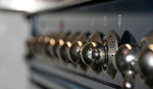 perbedaan microwave dan oven