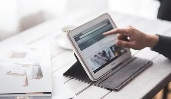 kelebihan tablet dibanding smartphone