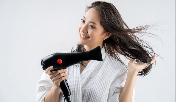 Cara menggunakan hair dryer