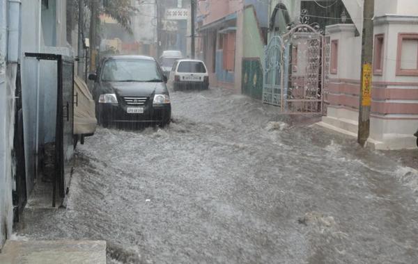 cara mengamankan peralatan elektronik saat banjir